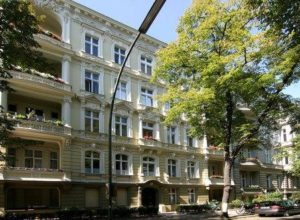 Wohn- und Geschäftshaus in Berlin-Chrarlottenburg