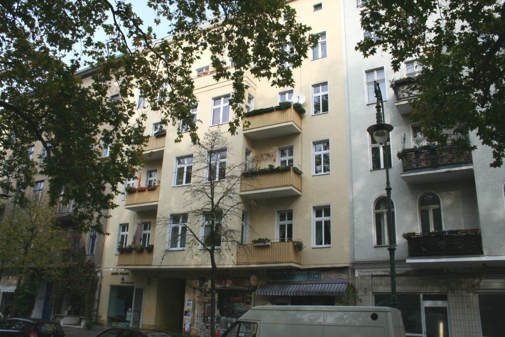 Makler Berlin Kreuzberg city gate immobilien berlin administration and placement of multi