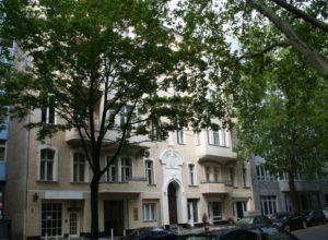 Wohn- und Geschäftshaus in Berlin-Schöneberg
